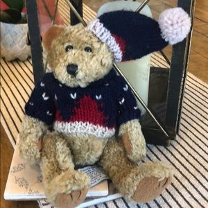 Chrisha Playful PlushTeddy Bear Xmas Sweater 1988